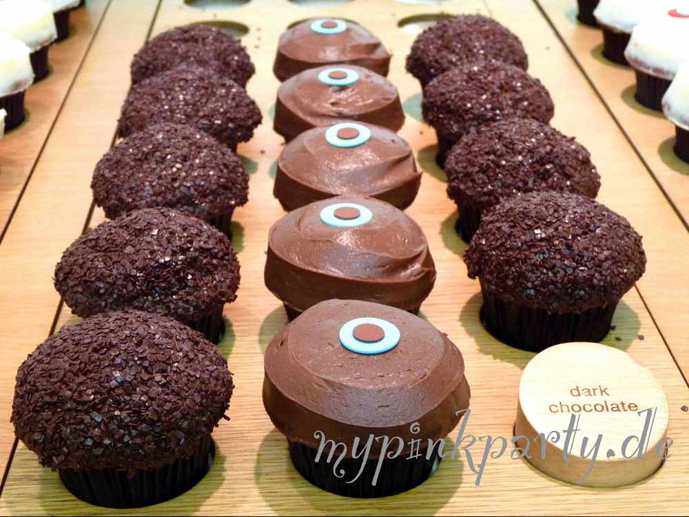 Dunkle Schokoladen Cupcake