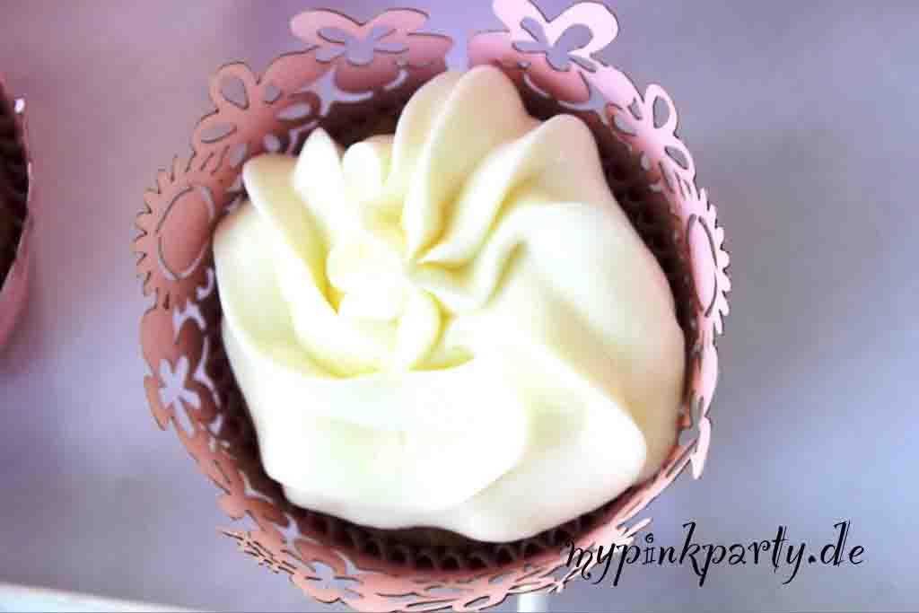 Cupcake-Schoko-Nuss mit Vamille Frosting