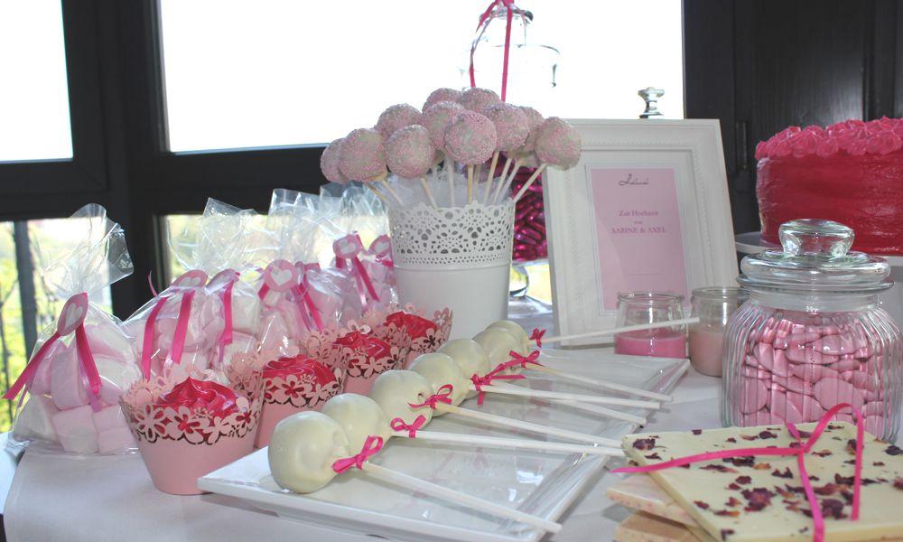 Ein beliebter sweet table hochzeitstisch pink for Pinke party deko