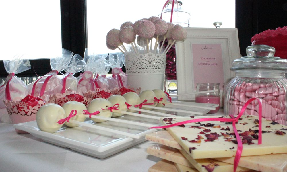 ein beliebter sweet table hochzeitstisch pink. Black Bedroom Furniture Sets. Home Design Ideas