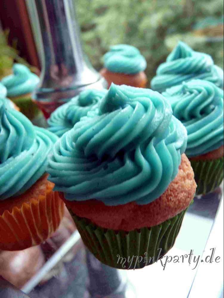 Heller Milch Cupcake