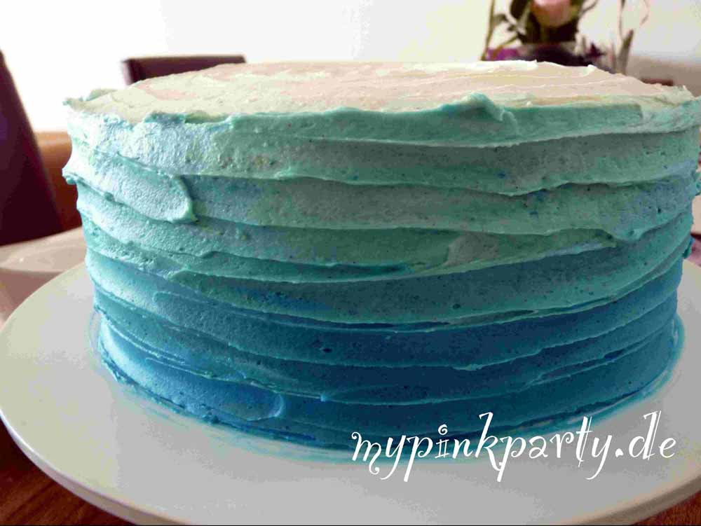 Ombre Torte Blau