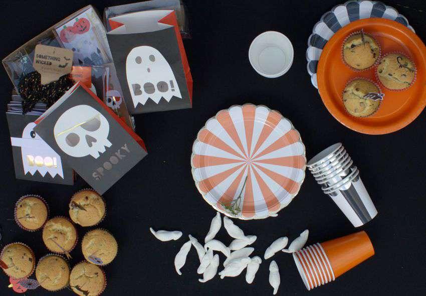 Halloween_meri_meri_teller_becher_lichttueten