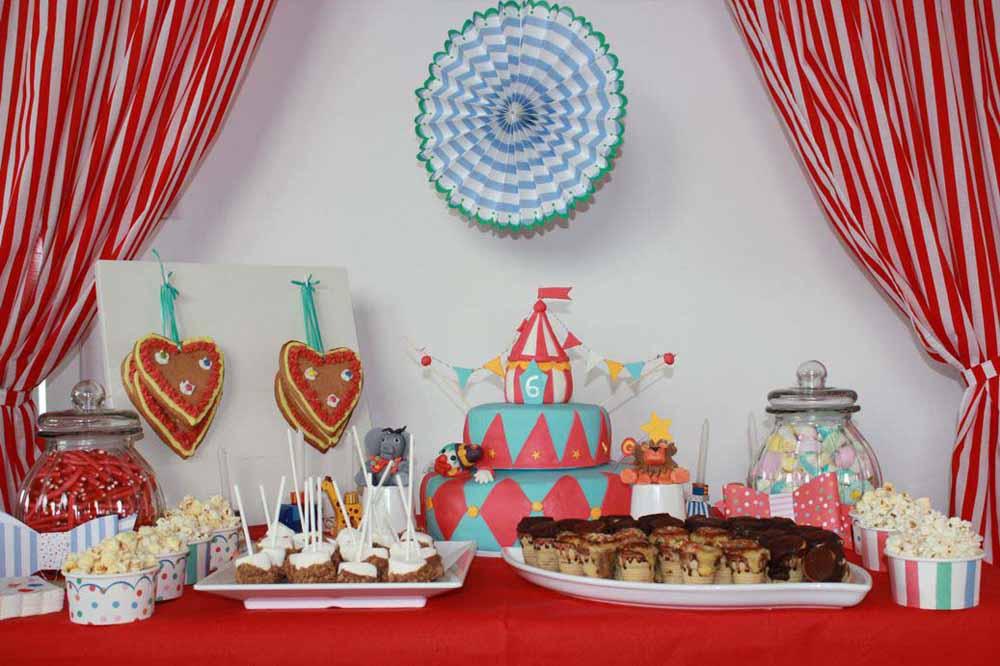 Candy Bar für eine Zirkus Party