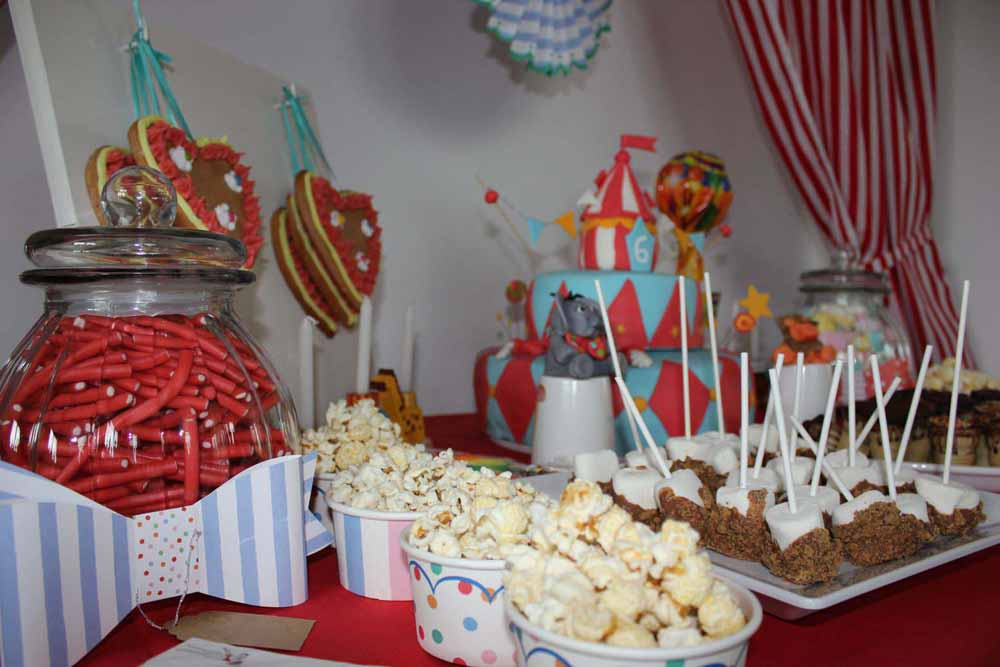 Candy Bar für eine Zirkus Party
