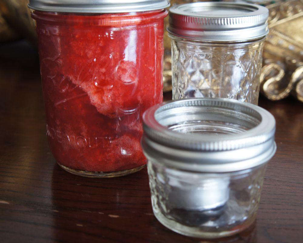 Marmelade, Teelicht & Vase - dafür kannst du die Mason Jar von Balls verwenden