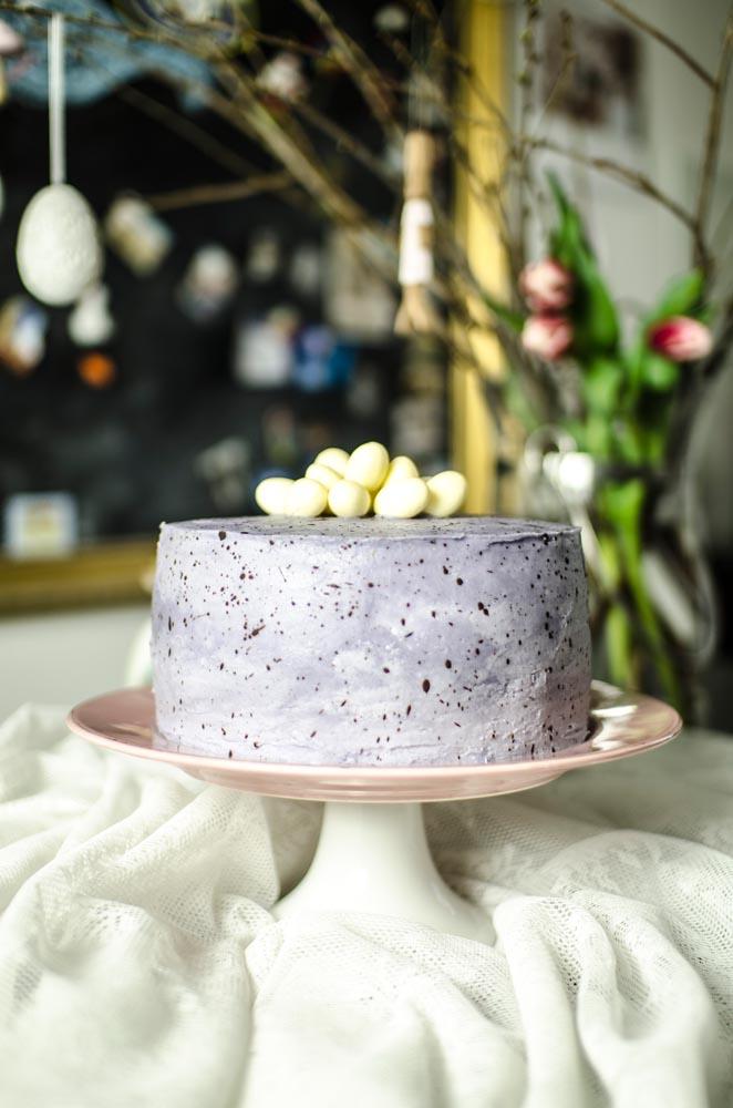 Ostereier Torte in Eieroptik