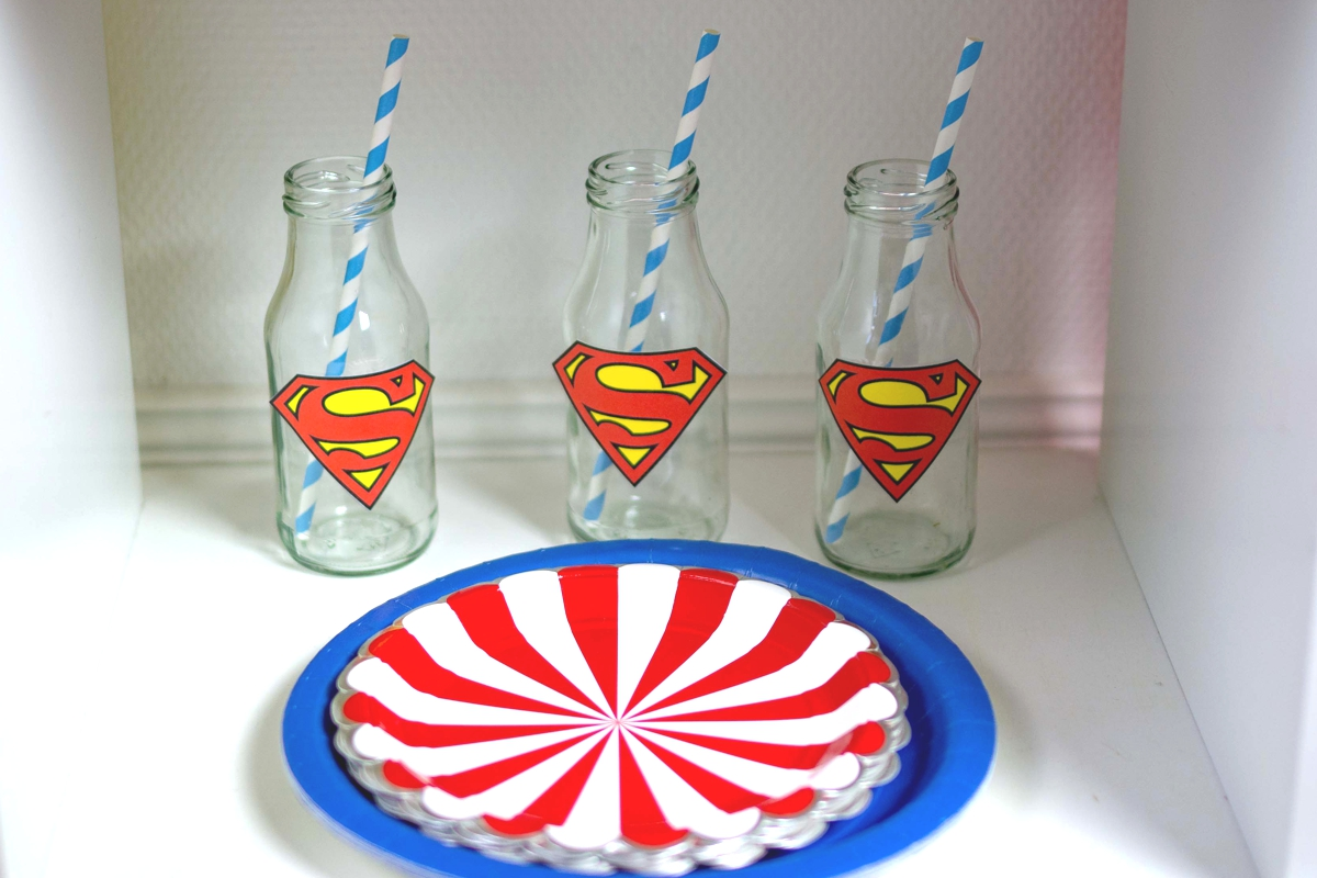 superman_motto_party_candybar_strohhalme_blau_teller_comic_superhelden_superhero_athome