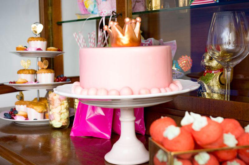 torte_princess_prinzessin_rosa_pink_birthday_geburtstag_festlich_candybar