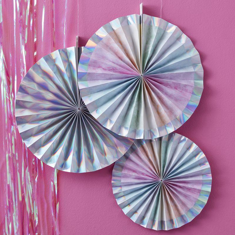 Bild Papierrosette in Pastell in holografischen Design