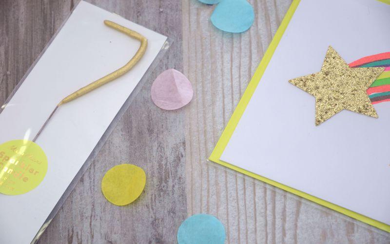 Wunderkerze in gold mit Sternschnuppen Karte