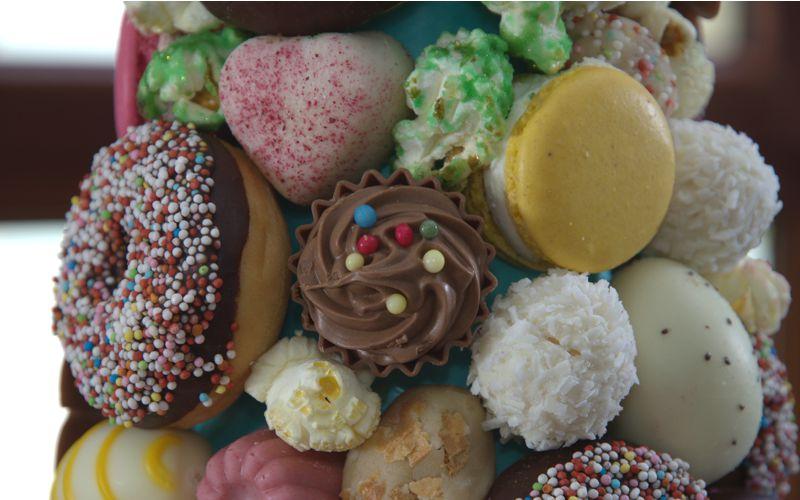 Pralinen und Donuts